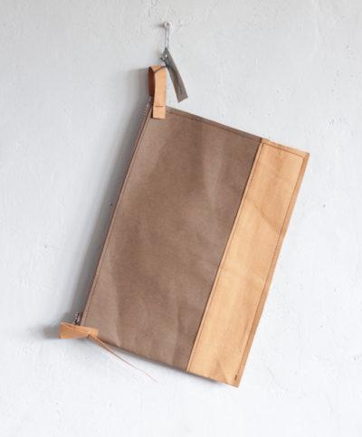 saszetka formatu A5 z papieru do szycia