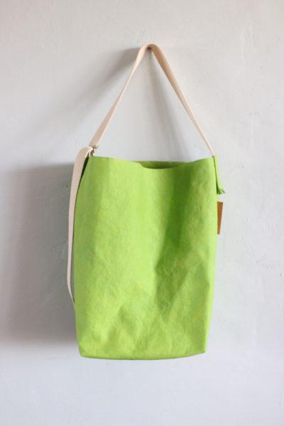 torba z papieru zielony orzech