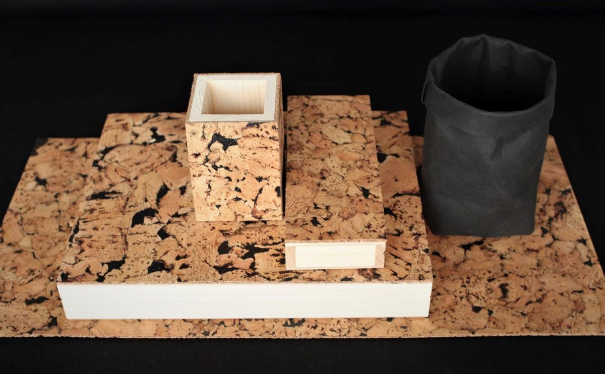 Komplet do pracy zdalnej. Przybory na biurko w zestawie- duże pudełko drewniane, piórnik drewniany klasyczny, pudełko na długopisy, organizer jak z papieru (washpapa)