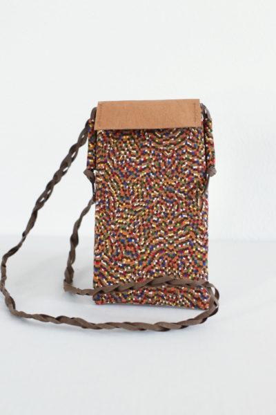 mini torebka na telefon z tkaniny korkowej